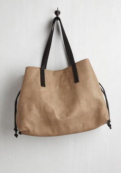 In-Depth Percussion Bag in Taupe