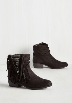 Step Into My Flair Bootie in Black