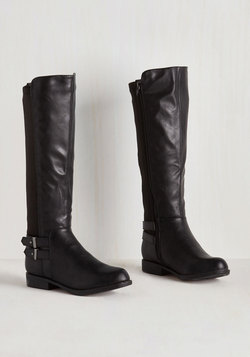 Meandering Standards Boot in Ink - Wide Calf