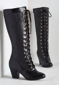Reign Victorian Boot