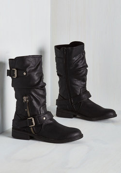 Stroll Through Charm City Boot in Black