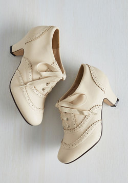 Dance It Up Heel in Cream