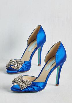 Dancing Gleam Heel in Sapphire