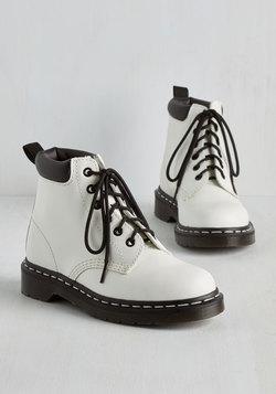 Metropolitan Pulse Boot