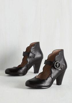 Ticket to Thrive Heel in Black