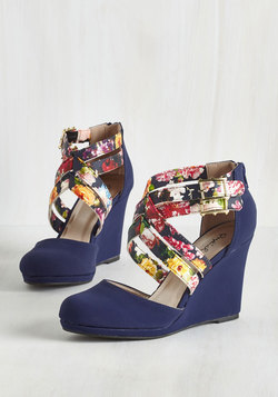 Boost Your Bliss Wedge in Navy