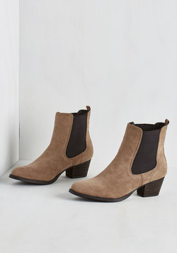 Espana Escapades Booties