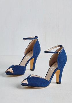 Fine Dining Heel in Sapphire