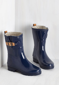Puddle It Be? Rain Boot in Navy