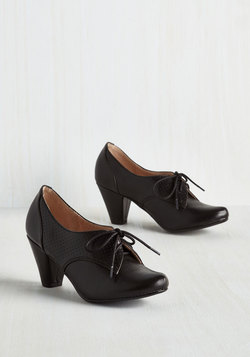 Swing Along Heel in Noir