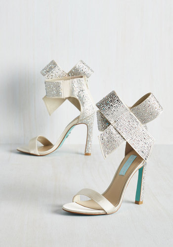 Kick It Up a Posh Heel in Sparkling Champagne