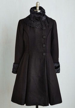 Book Tour Bliss Coat in Black