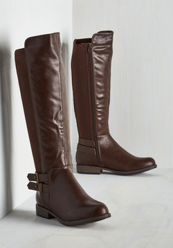 Meandering Standards Boot in Chocolate - Wide Calf