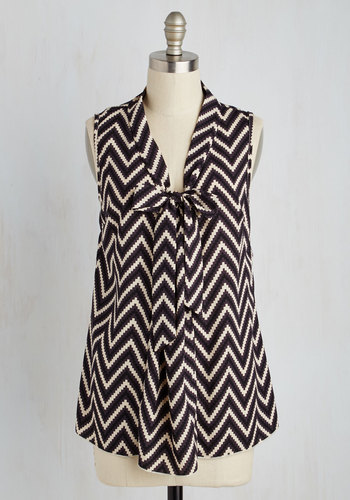 South Florida Spree Top in Chevron - Black, Tan / Cream, Print, Chevron, Tie Neck, Work, Quirky, Sleeveless, Woven, Good, V Neck, Mid-length, Variation