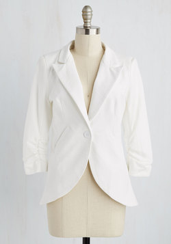 Fine and Sandy Blazer in White