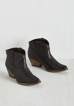 The Styled, Wild West Bootie in Onyx
