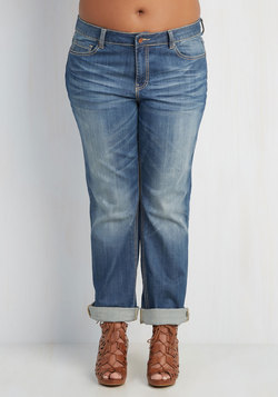 Easygoing Expression Jeans in Mid Wash - 14-22