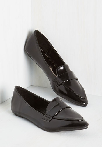 Again and Agenda Loafer in Black