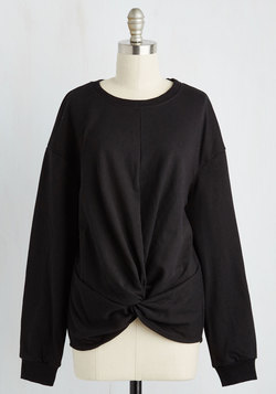 A Knot to Offer Sweatshirt in Black