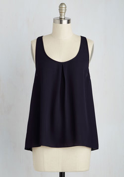 I'm in Lovely Top in Navy
