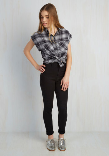 Gotta Jet Set Jeans in Black - Cotton, Denim, Black, Solid, Casual, High Waist, Skinny, Fall, Urban, Woven, Pinup, Vintage Inspired, Ultra High Rise, Full length, Black, Denim, Best Seller, Social Placements, Exclusives, Spring