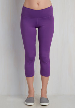 All the Bright Moves Athletic Leggings in Orchid