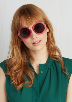 Mod My Rounds Sunglasses in Magenta