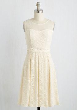Chantilly Sweetheart Dress