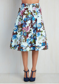 Greenhouse Grandeur Skirt in Sky