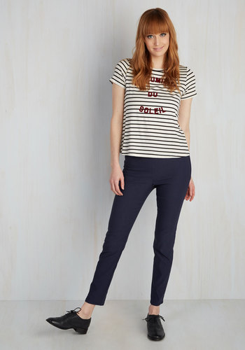 A Chic Start Pants in Navy