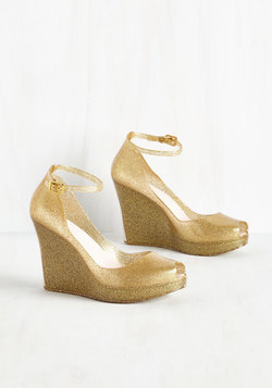 Rush of Gold Wedge
