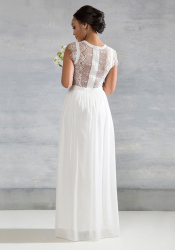 Perennial Poise Dress in White