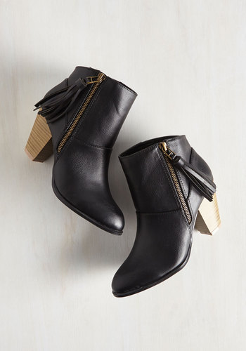 'Tude for Thought Bootie