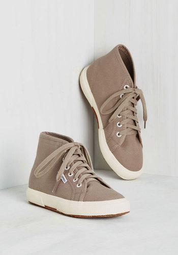 Aye, Aye, Action! Sneaker