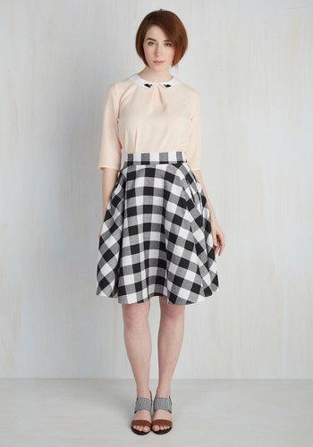 Raising the Bar-Becue Skirt in Black