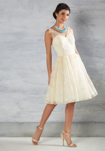 1950s Style Wedding Dresses Wedding Belle Dress in Ivory $175.00 AT vintagedancer.com
