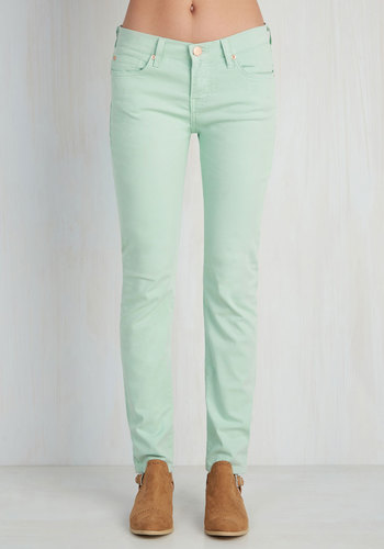 Front Row Fashionista Jeans in Mint