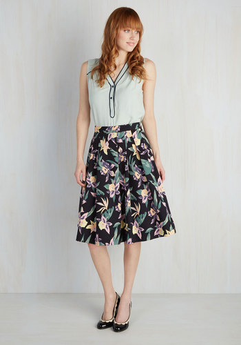 It's a Done Daffodil Skirt