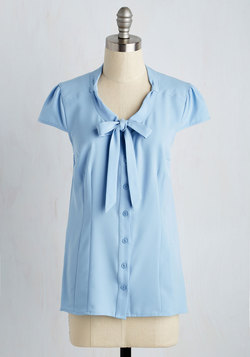 Freelance Spirit Top in Dusty Blue