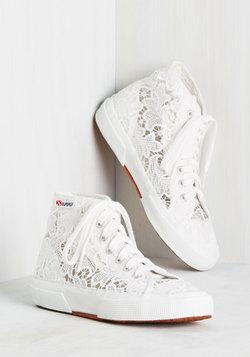 Fleurs of Action Sneaker