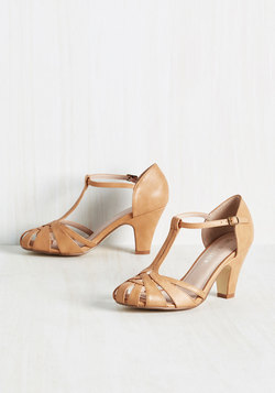 There Chic Goes Heel in Butterscotch