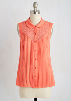 Winsome in the Willows Top in Coral