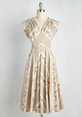 Beauty at the Bungalow Dress in Meadow