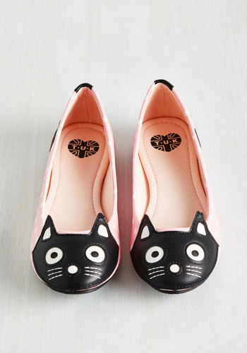 Up Your Alley Cat Flat in Pink Dots