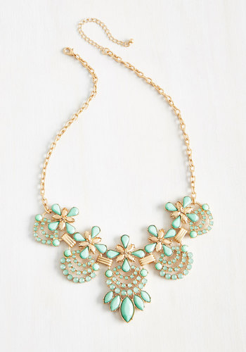 Hit the Town Stunning Necklace in Mint