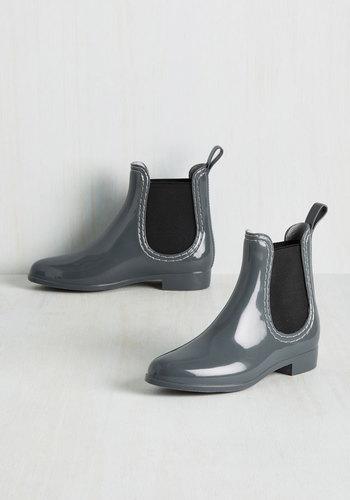 Glitz Raining, Glitz Pouring Rain Boots in Steel