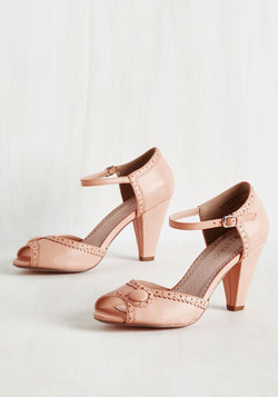 Marvelous Maven Heel in Blush