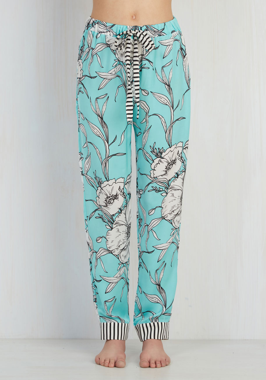 27d9d6042cf Relaxed to the Max  Our Fave Intimates   Sleepwear   ModCloth Blog ...
