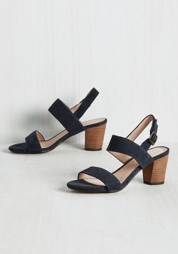 Strut Goes Around Heel in Navy