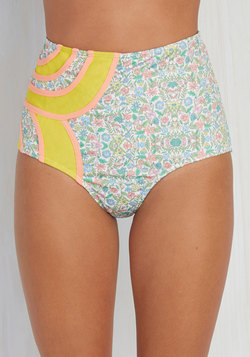 Set the Serene Swimsuit Bottom in Wildflowers